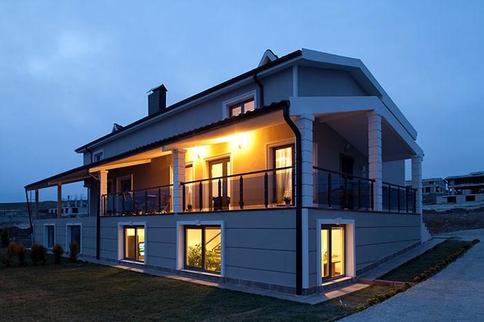 Karmenloft Villaları
